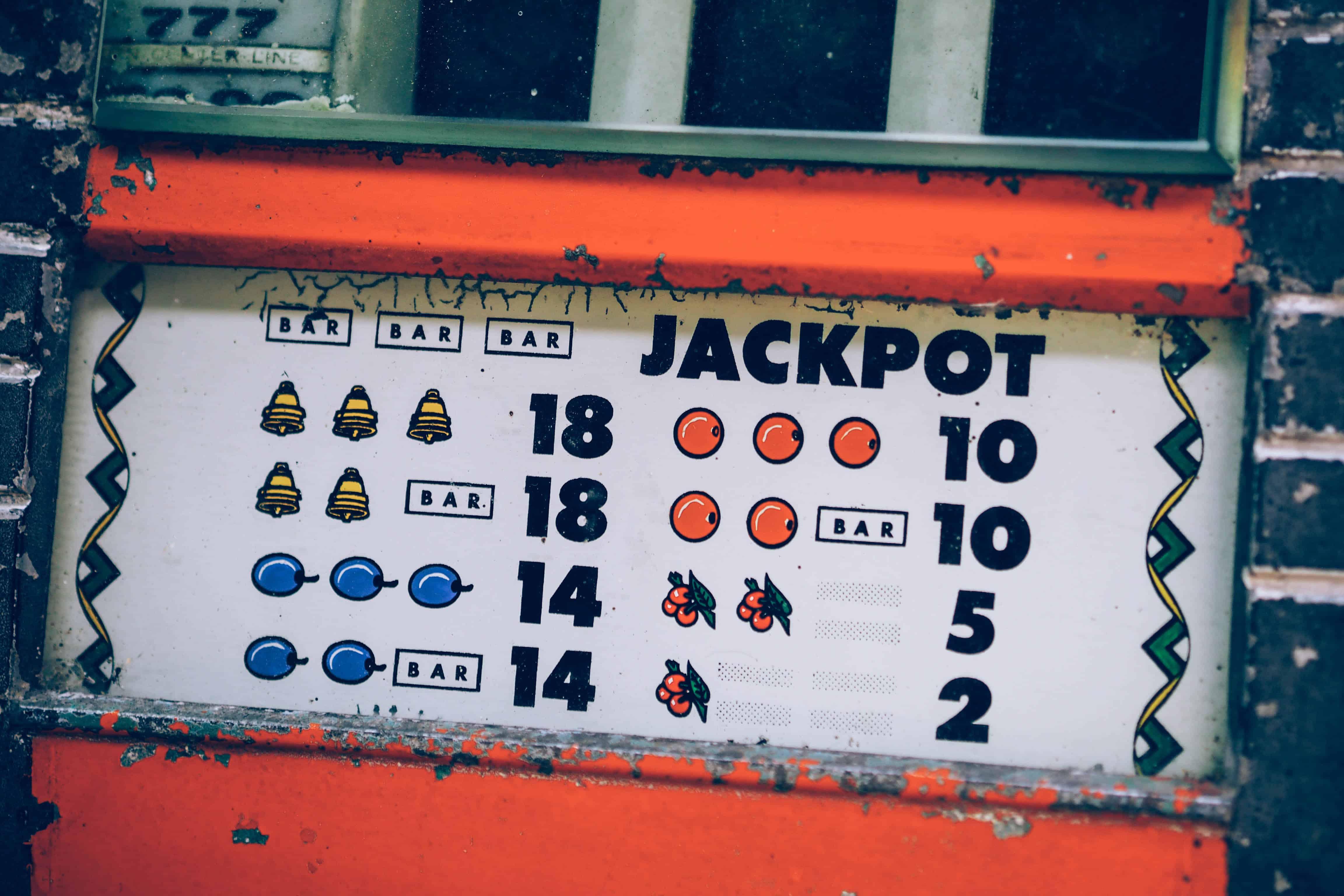 Jackpot (dzekpot) spelu automati