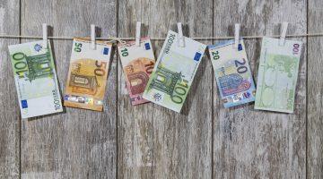 Kā iemaksāt un izņemt naudu tiešsaistes kazino